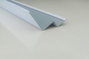 Угол w образный белый 3м