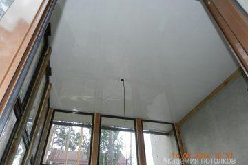 Кассетный потолок 30х30 на скрытой подвесной системе белый
