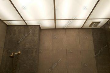 """Потолок в ванной из матового стекла с подсветкой подвесная система """"суперхром"""""""
