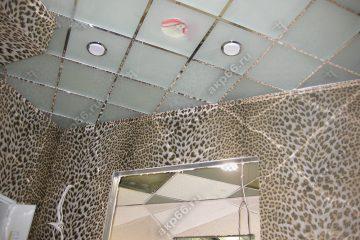 """Потолок из матового стекла в комнате подвесная система """"суперхром"""""""