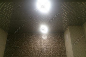 Кассетный потолок в ванне мозаика серебро на скрытой подвесной системе
