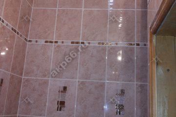 Реечный потолок в туалете цвет белая глянцевая