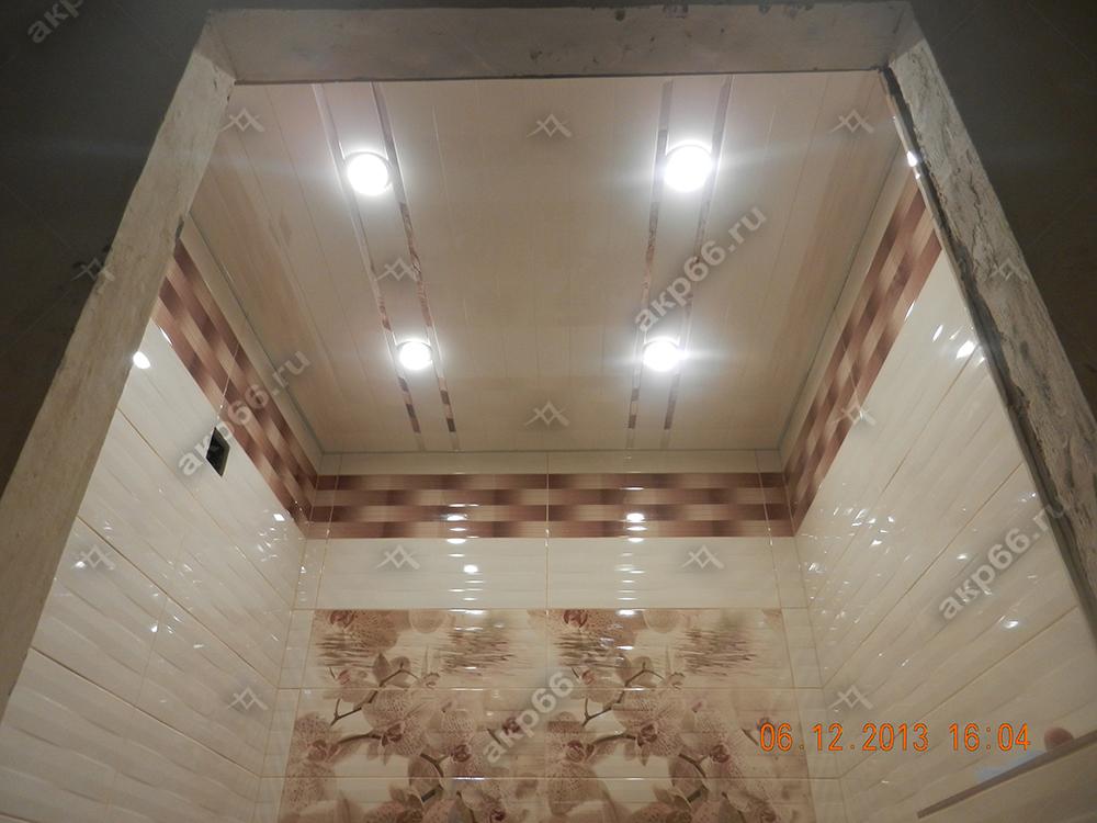 Потолок в цвет ниши