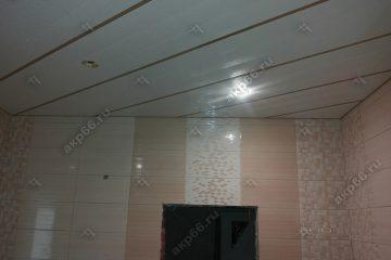 Реечный потолок Мозаика белая. вставки золотистый жемчуг