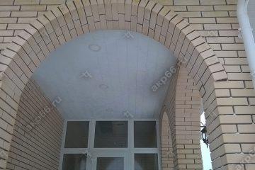 Реечные потолок на улице цвет белый мираж