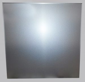 Кассета алюминиевая кромка Тегуляр цвет Металлик  серебристый № 9007 (595х595х0,4мм) (20 шт./уп.)