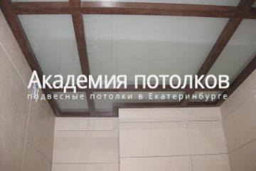 Потолок на спецпрофиле в ванной