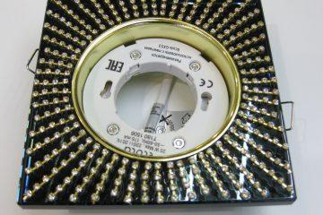 Светильник Ecola GX53, квадратный с прозрачными стразами золото-золото черный фон