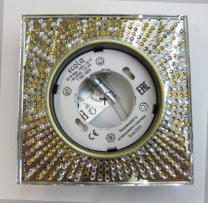 Светильник Ecola GX53, квадратный с прозрачно-янтарной мозаикой черная бронза зеркальный фон