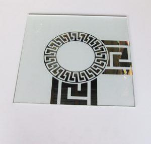 """Орнамент № 0103/1 295×295 мм (Серебро) Угловой элемент матовый фон """"Меандр-средний (круг)"""""""