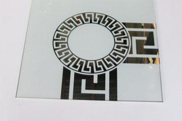 Орнамент № 0103/1 295×295 мм (Серебро) Угловой элемент матовый фон «Меандр-средний (круг)»