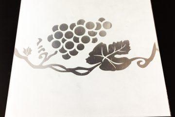 Декор № 022/2 295×295 мм (Серебро) матовый фон «Ветка винограда»