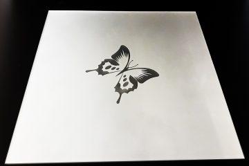 Декор № 024/2 295×295 мм (Серебро) матовый фон «Бабочка»