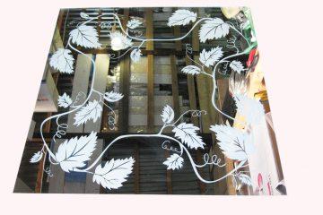 Декор № 030/1 595×595 мм (Серебро) зеркальный фон «Лоза»