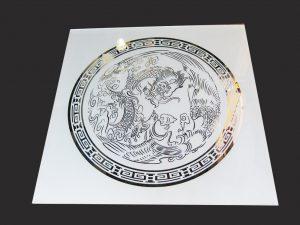 """Декор № 035/2 595x595 мм (Серебро) матовый фон/зеркальный рисунок """"Дракон"""""""