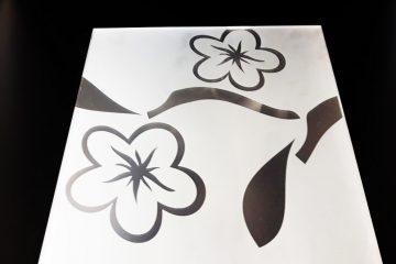 Декор 2 цветка 295×295 мм (Серебро) матовый фон